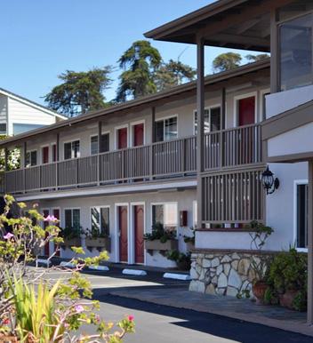 Hotel Trasa nr 1 nad oceanem w Morro Bay