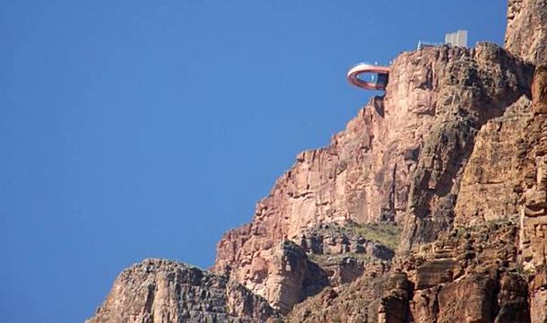 Kanion Kolorado - widok z rzeki