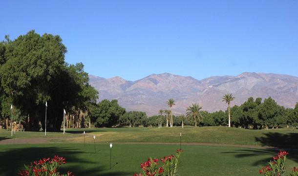 Pole golfowe w Dolinie Śmierci