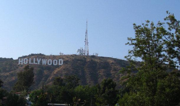 napis hollywood z daleka