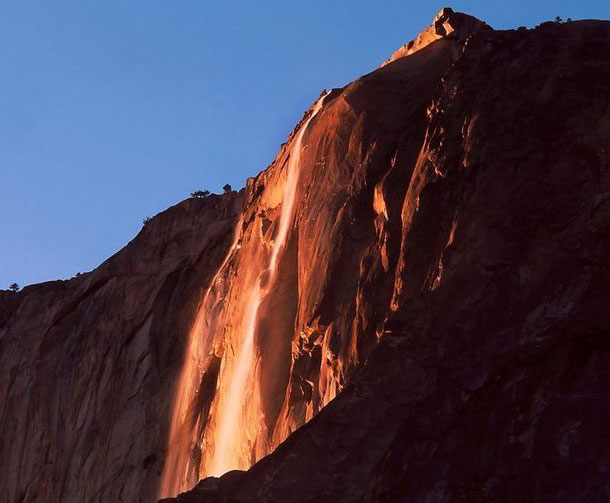 wodospad-yosemite-california