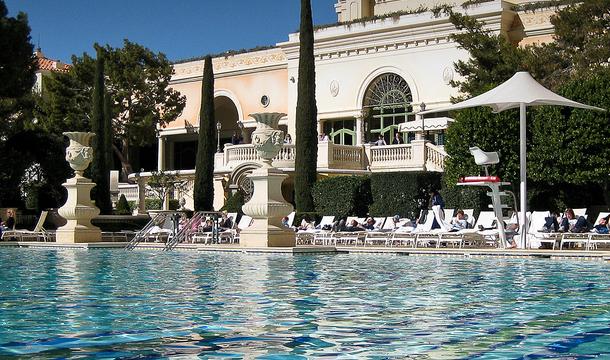 las-vegas-hotel-bellagio-przewodnik-basen-1