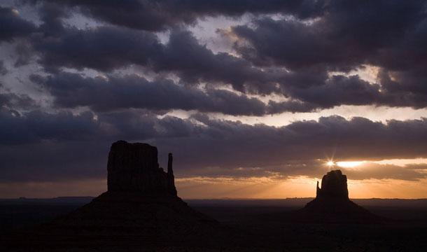 dolina-monumentów-arizona-skały