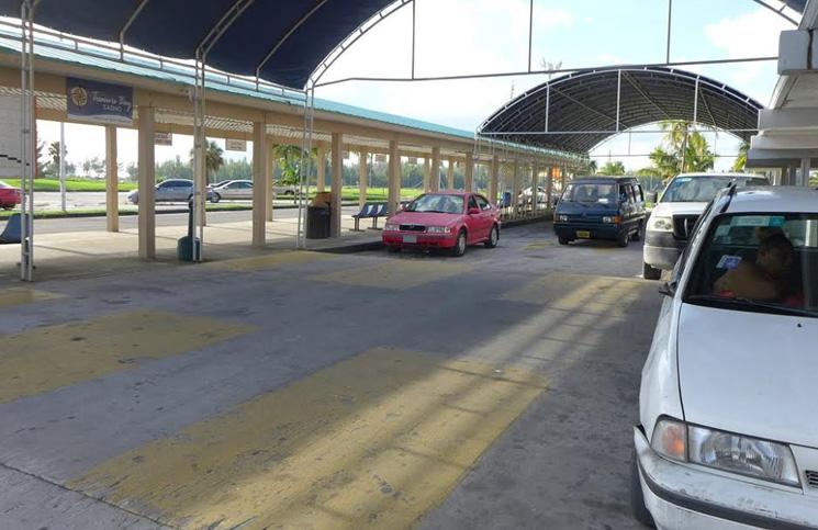 Wyspy-bahama-parking