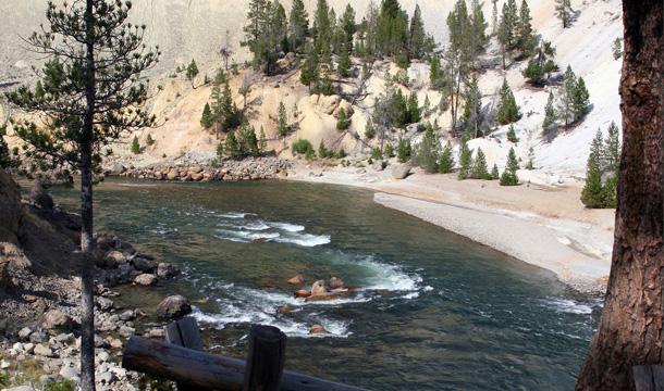 park-yellowstone-zdjecia-wodospad-2