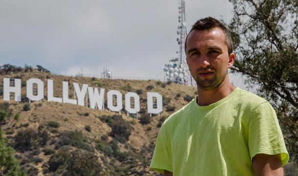 Zdjęcie z napisem Hollywood w tle