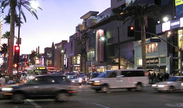 noc w Hollywood