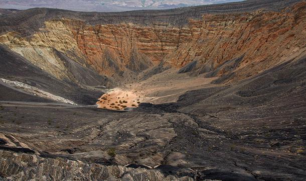 Ubehebe Crater w Dolinie Smierci: USA