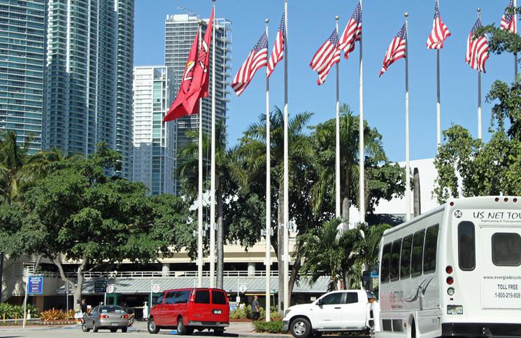 Miami-parking-samochodowy
