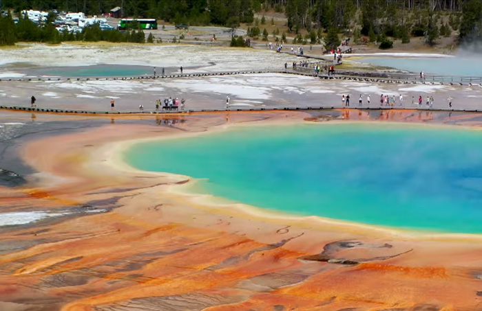 park-Yellowstone-Gejzer