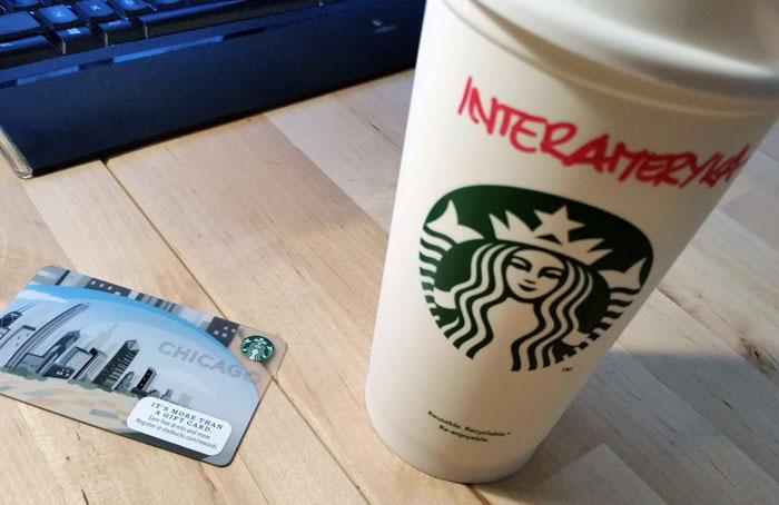 Starbucks-kubek