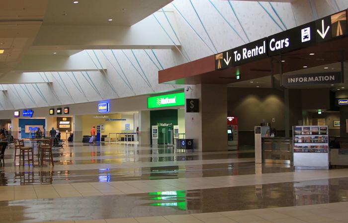 Wypozyczalnie-samochodow-lotnisko-USA