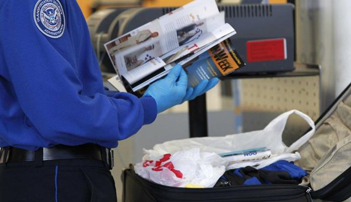 Kontrola-bagażu-lotnisko-USA