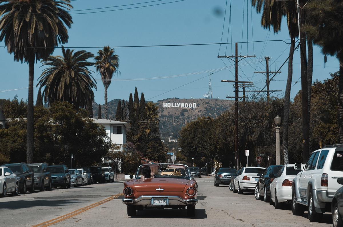 napis-Hollywood-w-Kalifornii